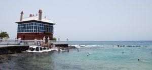Refréscate en la costa de Lanzarote